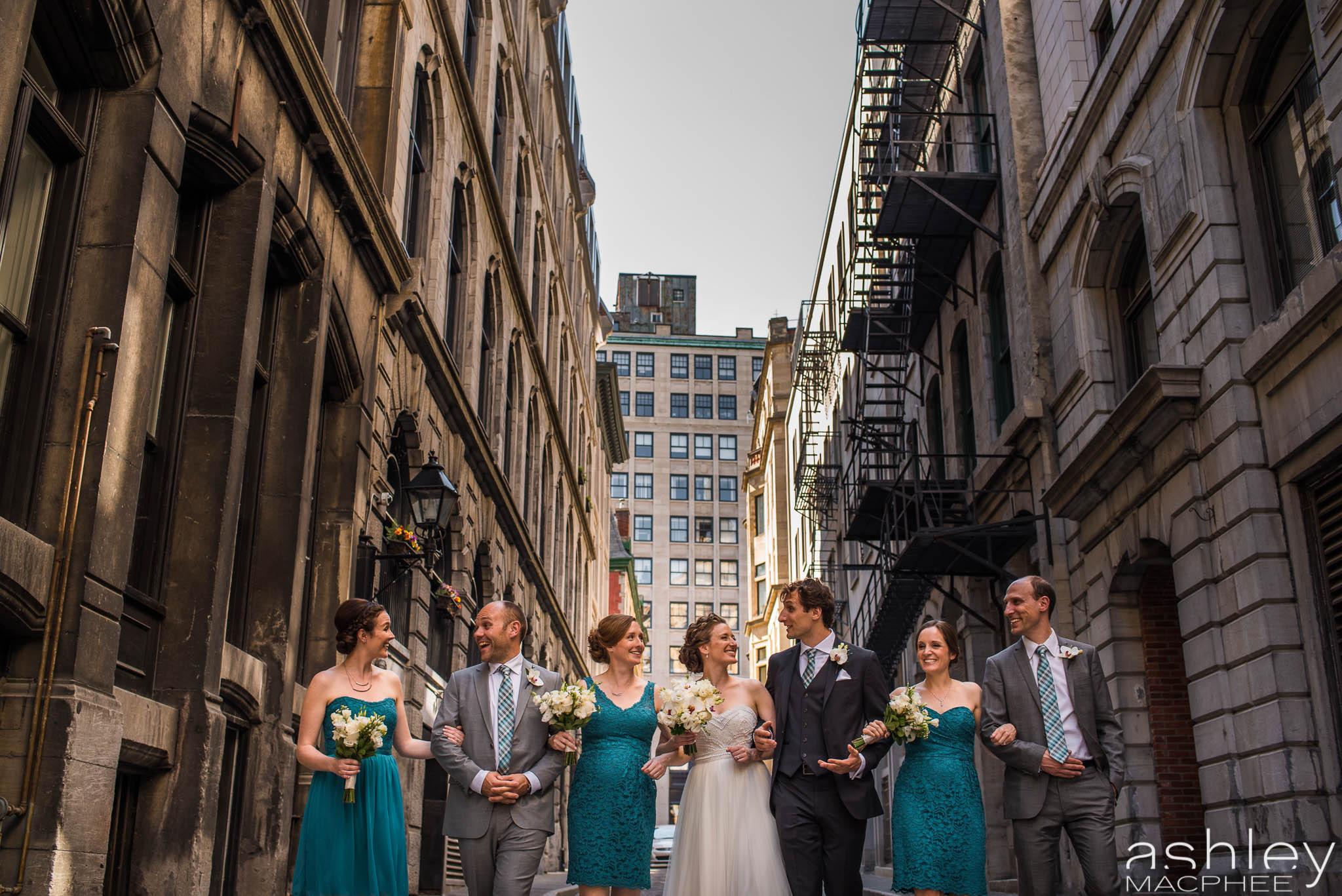World Trade Center Montreal Wedding photos Jacquie Chris (24 of 101).jpg
