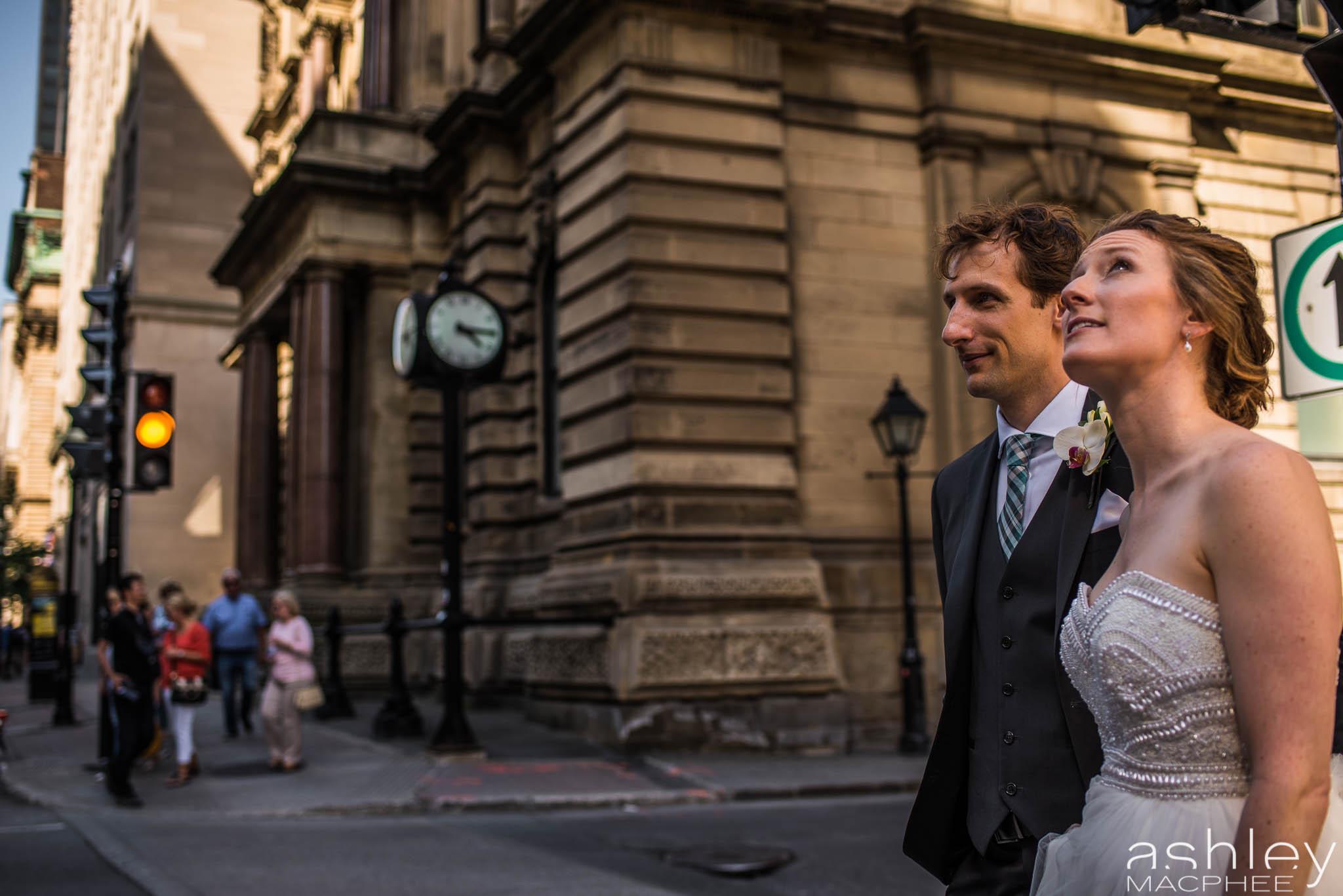 World Trade Center Montreal Wedding photos Jacquie Chris (36 of 101).jpg