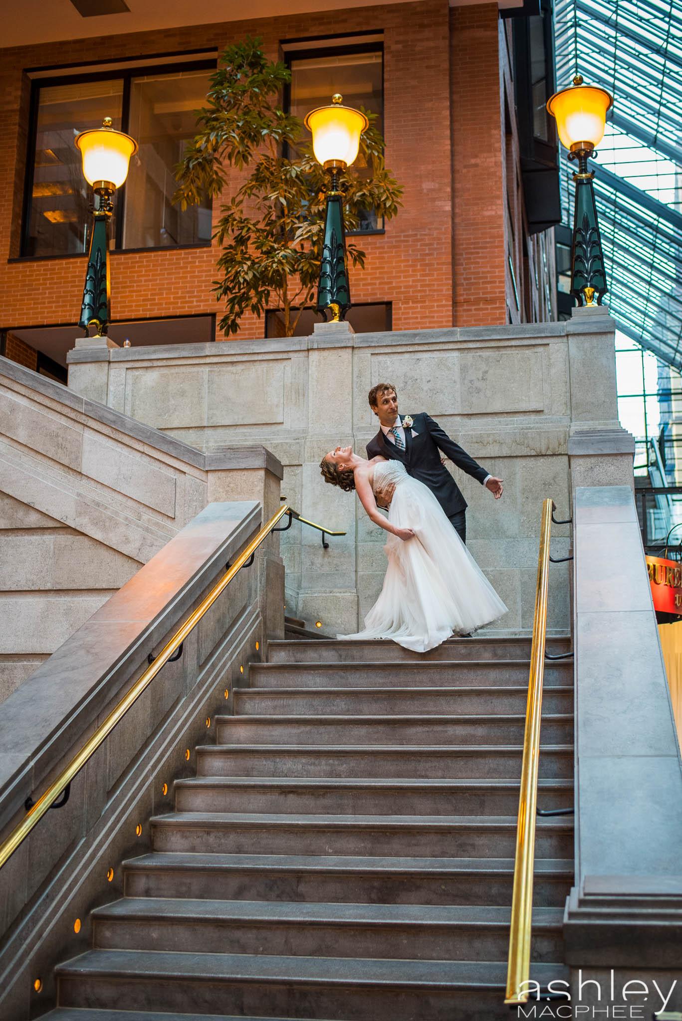 World Trade Center Montreal Wedding photos Jacquie Chris (70 of 101).jpg