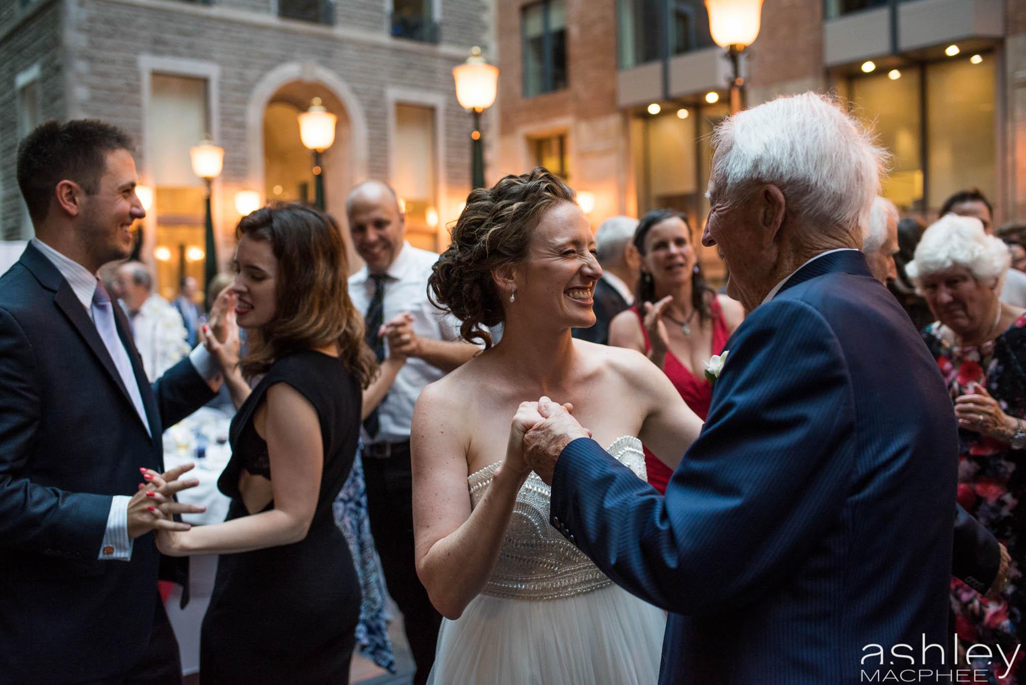 World Trade Center Montreal Wedding photos Jacquie Chris (72 of 101).jpg