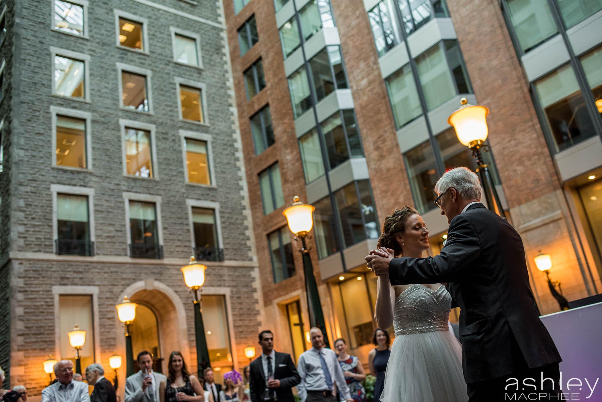 World Trade Center Montreal Wedding photos Jacquie Chris (76 of 101).jpg