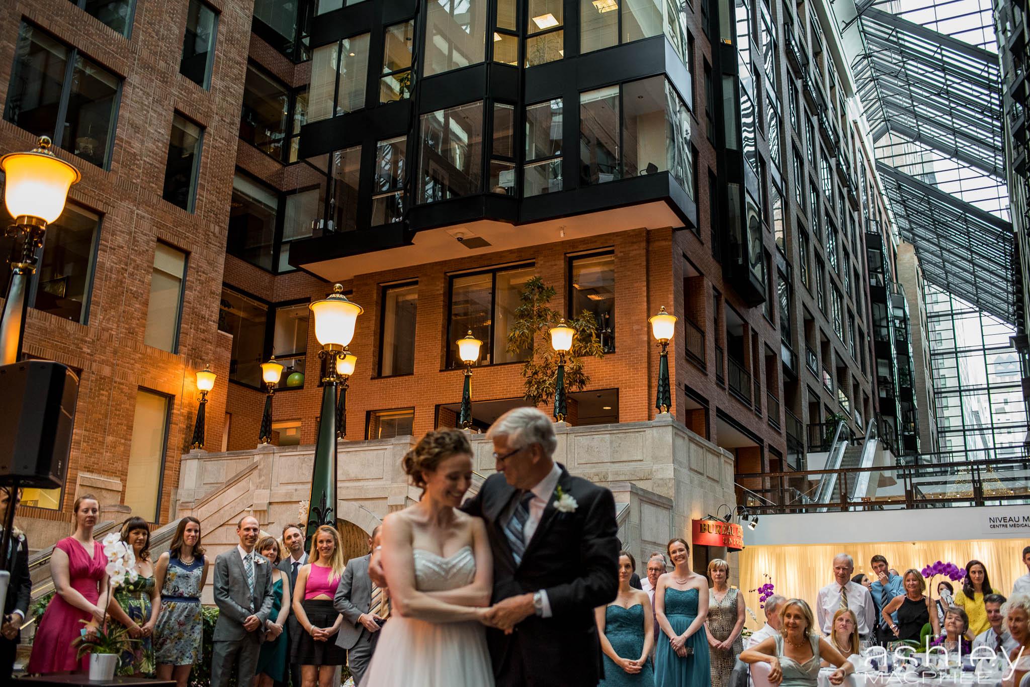 World Trade Center Montreal Wedding photos Jacquie Chris (80 of 101).jpg