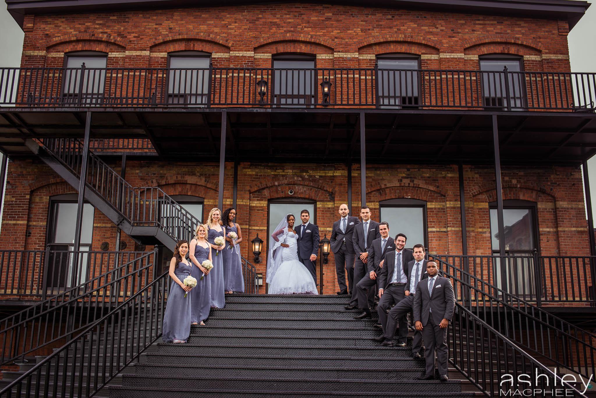 Paradoxe Theatre Wedding (80 of 124).jpg