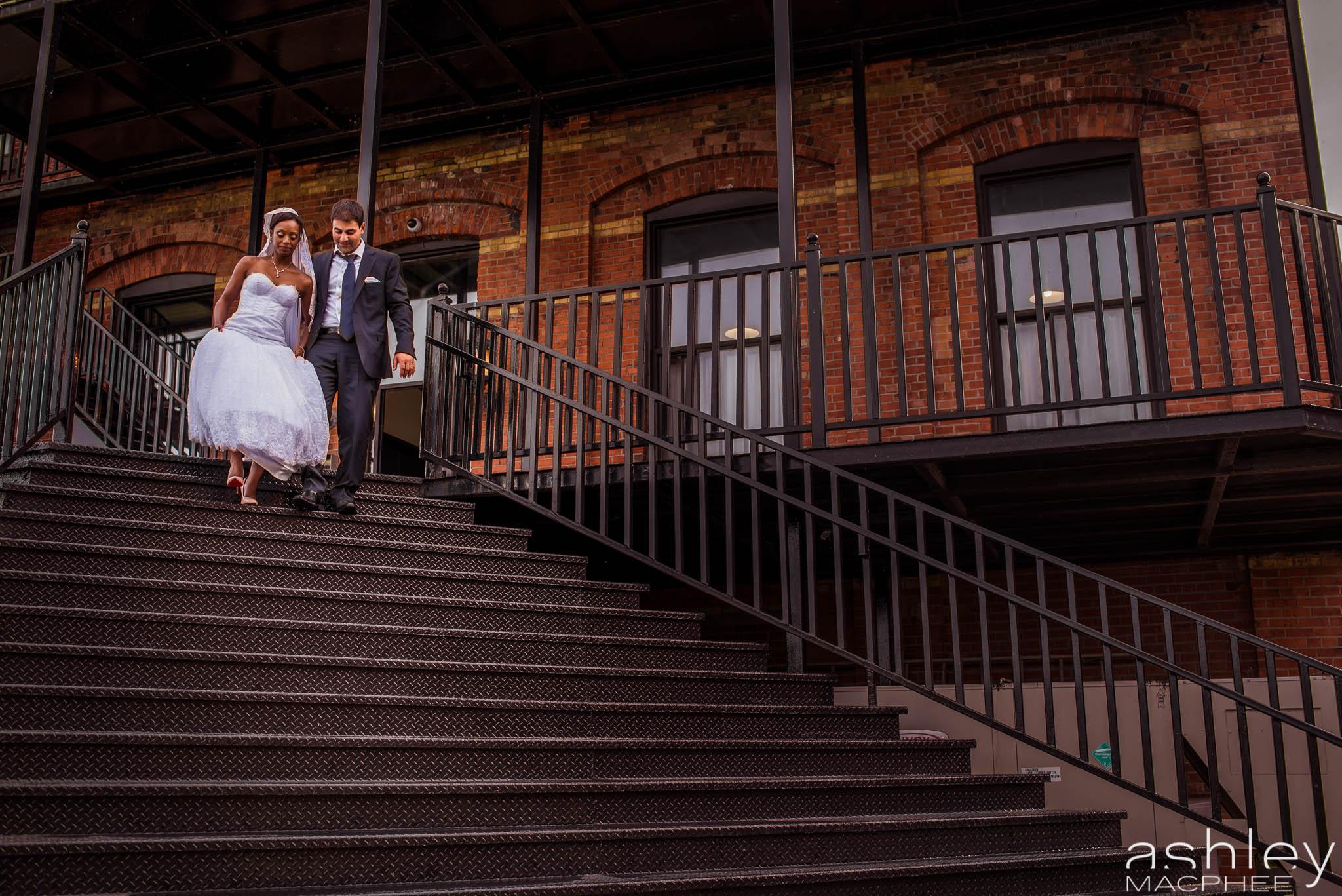 Paradoxe Theatre Wedding (85 of 124).jpg