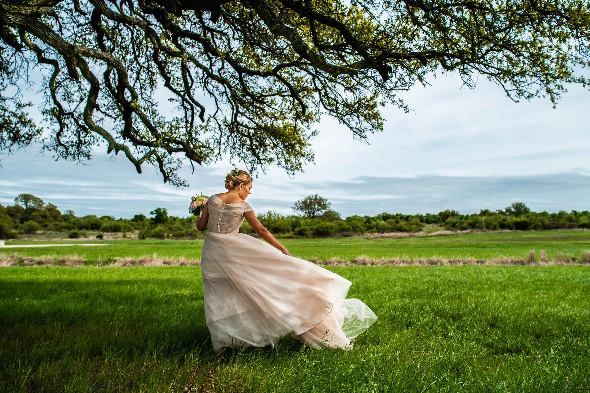 Destination Wedding Photographer Montreal (20 of 39).jpg