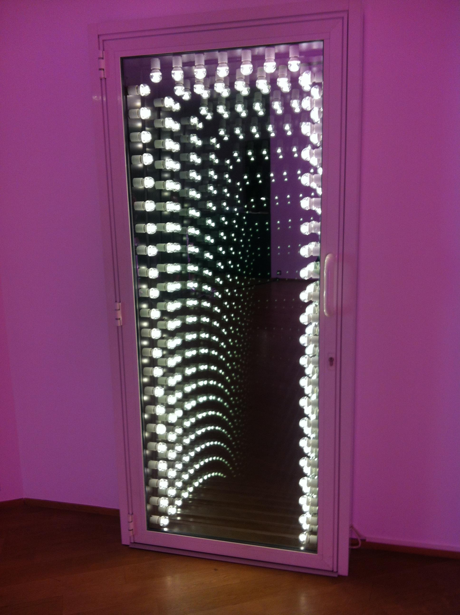 One of Ivan Navarro's famous infinitedoors