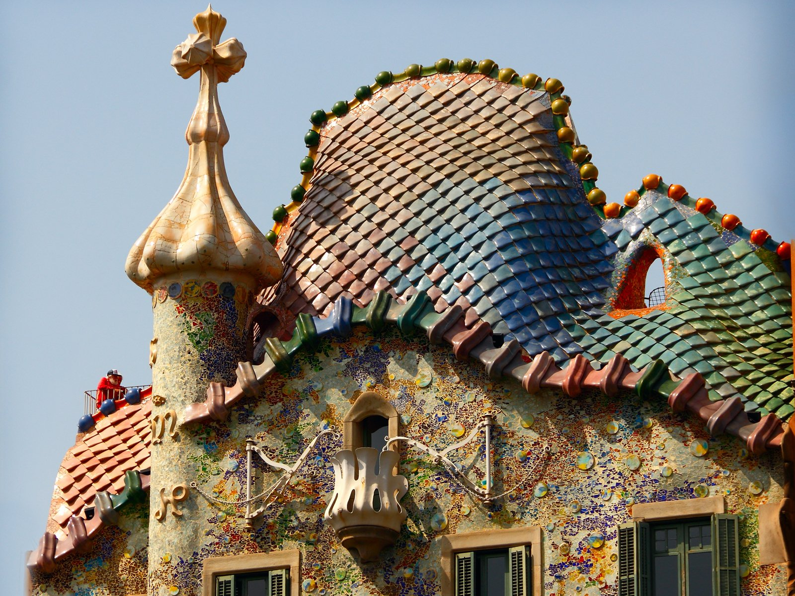 The Ceiling of Casa Batllo is the perfect combination of reality and fantasy
