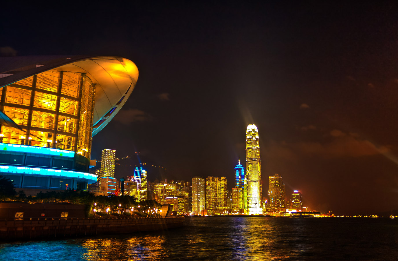 The Hong Kong bay from the water