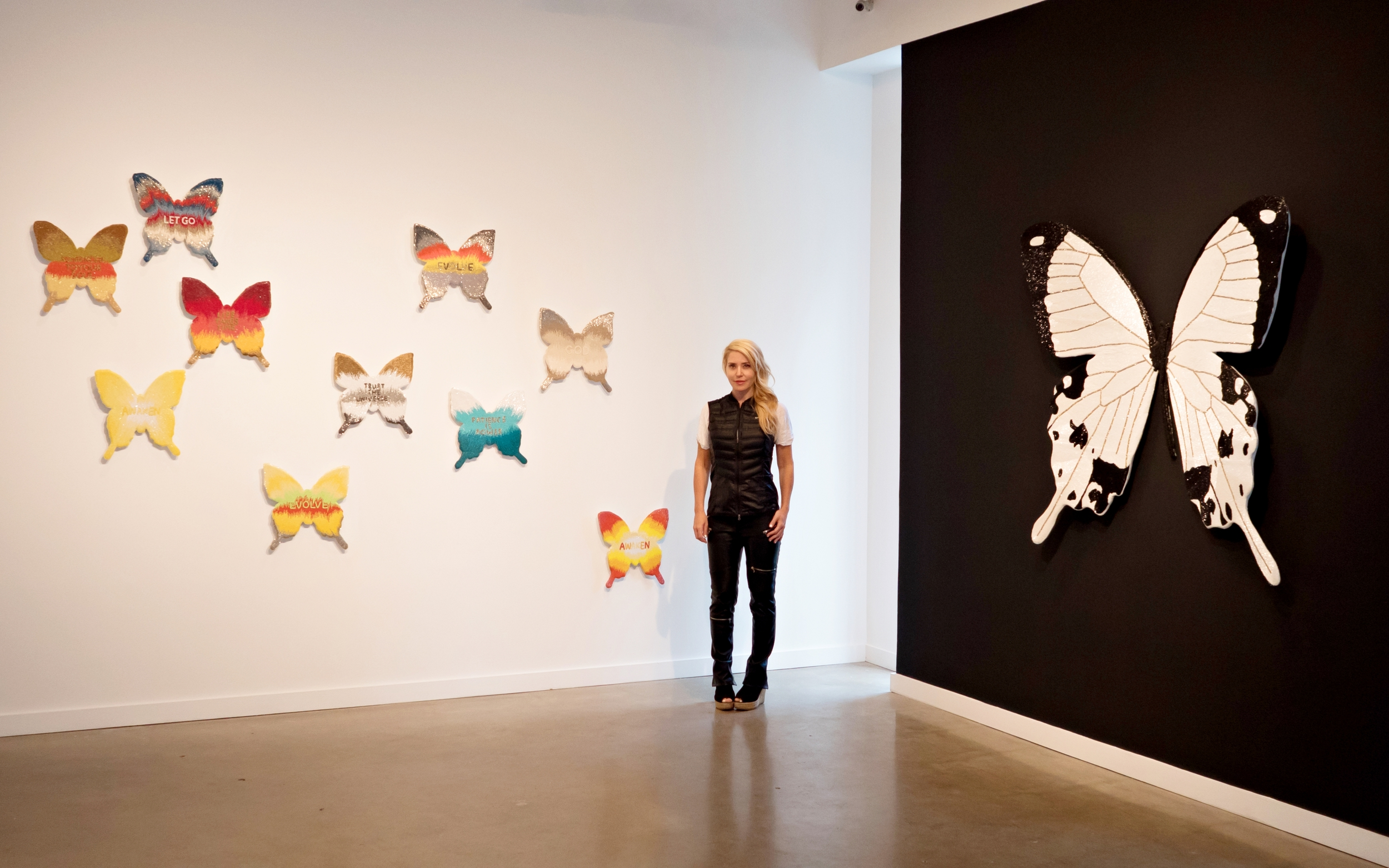 Stephanie Hirsch photographed by Peter Koloff at Lyons Wier Gallery