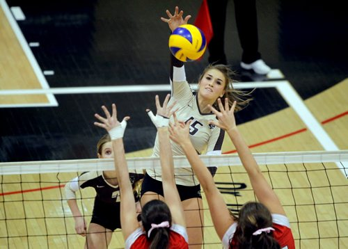 Manitoba's Taylor Pischke had to sit out the beggining of the 2012 CIS season after transferring from the NCAA's UCSB