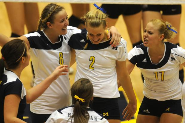 Canadian Jenn Cross and her Michigan teammates will be starting their long road back to the Final Four tonight