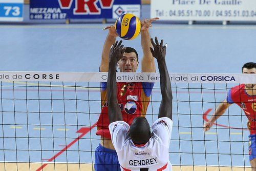Brett Dailey (Toronto,On) led French Pro A this year in blocks with 97 in 26 matches.