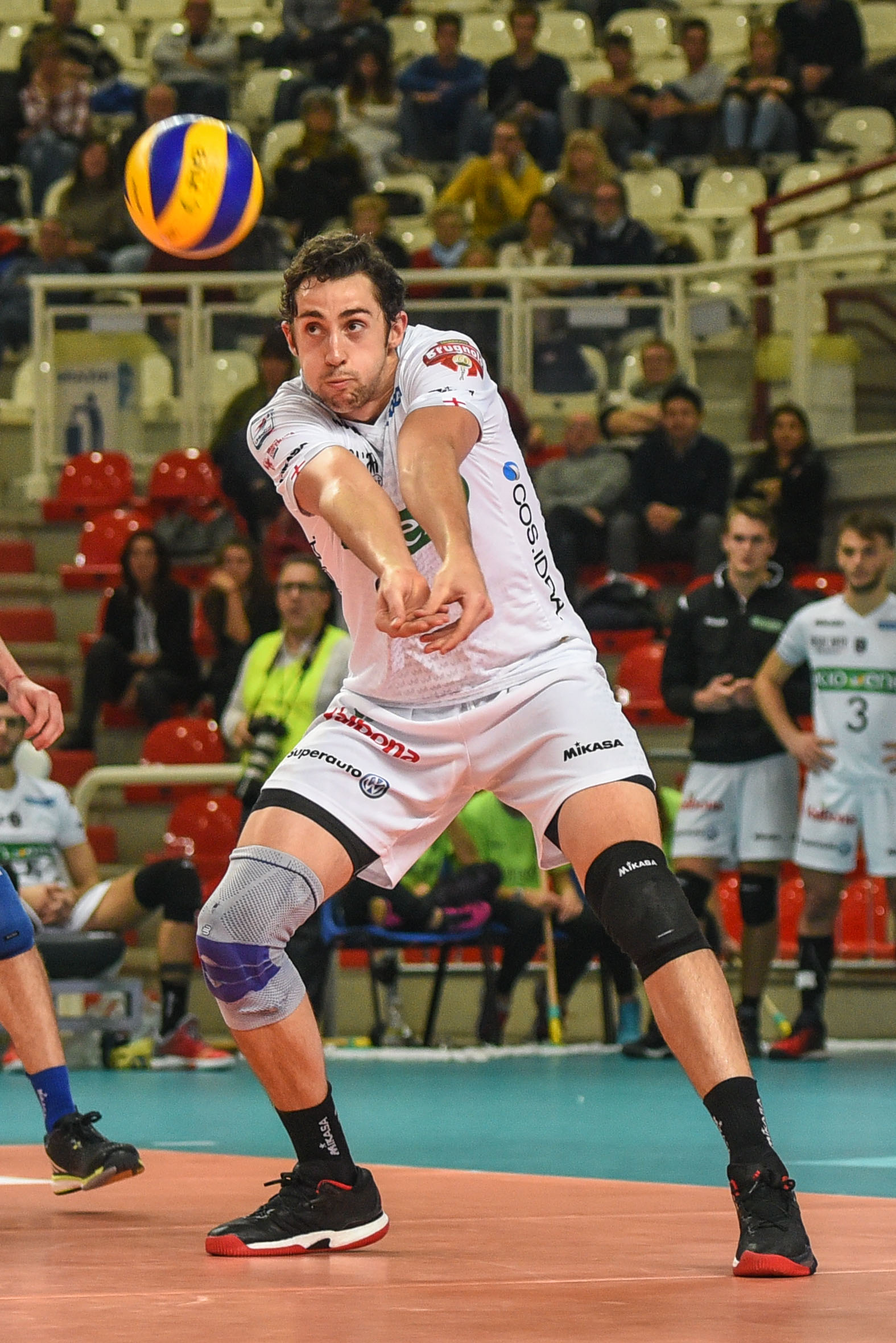 Aurora's Stephen Marr is lighting things up in Italy.  Photo: Padova Pallavolo