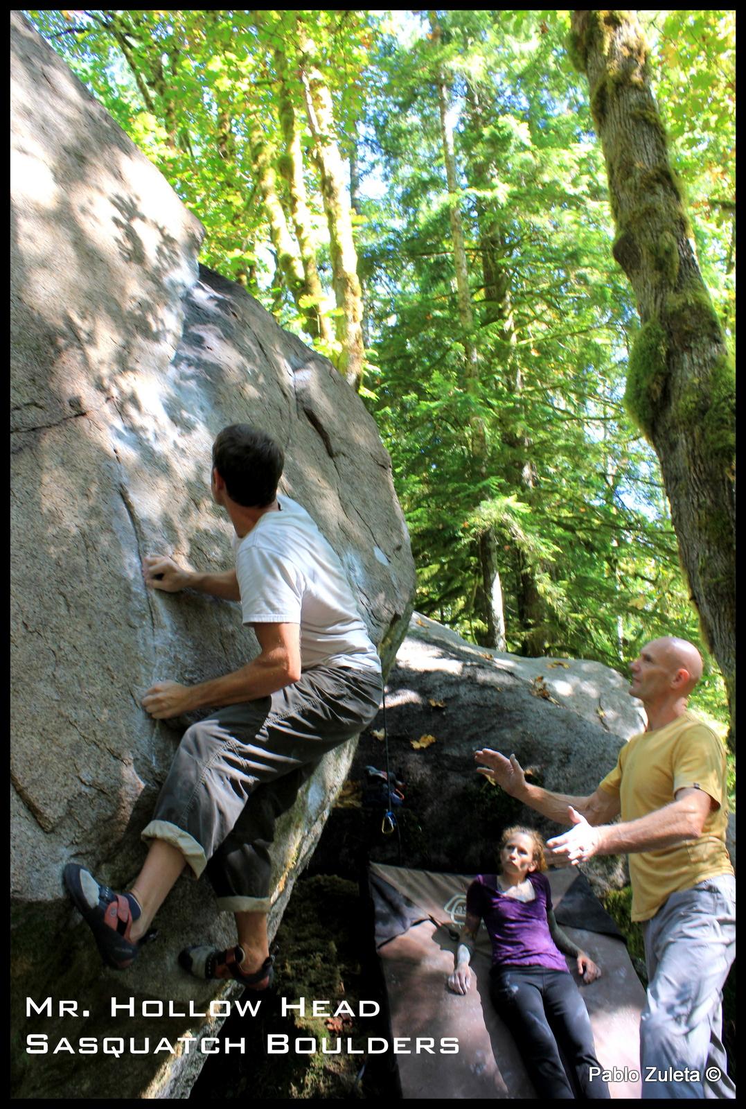 Dan Erikson pulling the start on Mr. Hollow Head. Tricky feet !