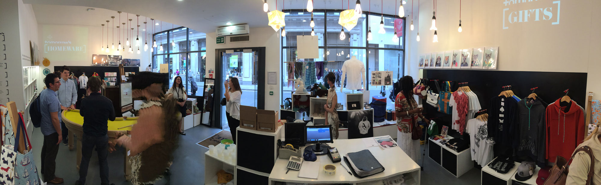Panoramic view of The Prince's Trust: Tomorrow's Store, on the Father's Day event.