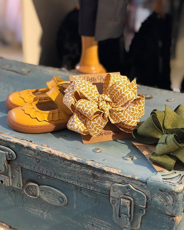 Find the perfect shade of mustard in our new Le Petite Bowtique bows and our best selling Livie & Luca Ruche. #getthembeforetheyaregone #livieandluca #downtownturlock #shabbyaddy #lepetitebowtique #childrensboutique #hairbows #bowtique