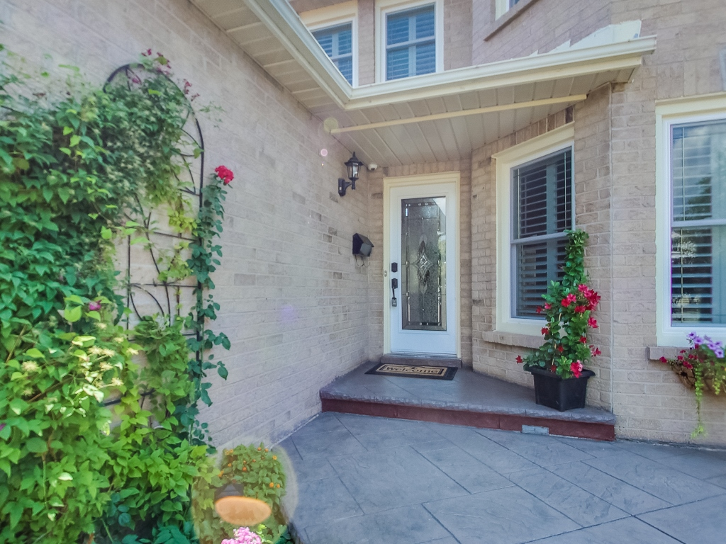 1558-Wintergrove-Gardens-Mississauga-Karly-Moore-For-Sale (4).jpg