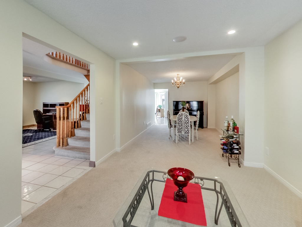 1558-Wintergrove-Gardens-Mississauga-Karly-Moore-For-Sale (7).jpg