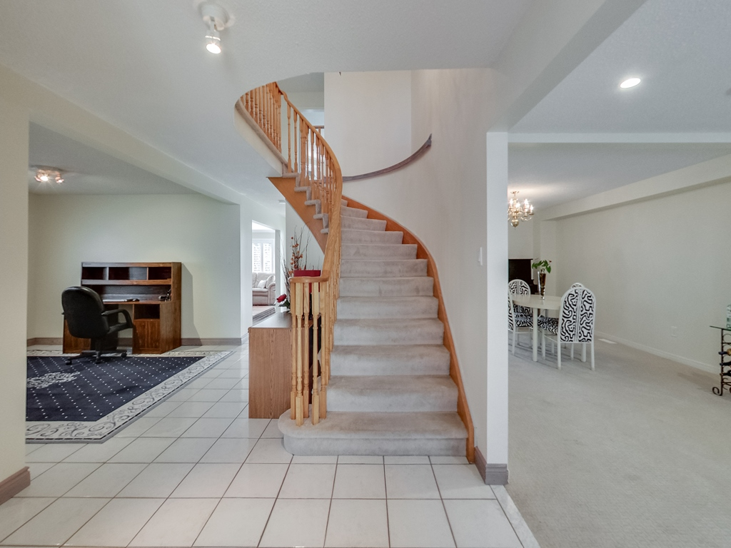 1558-Wintergrove-Gardens-Mississauga-Karly-Moore-For-Sale (6).jpg