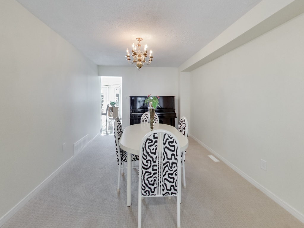 1558-Wintergrove-Gardens-Mississauga-Karly-Moore-For-Sale (10).jpg