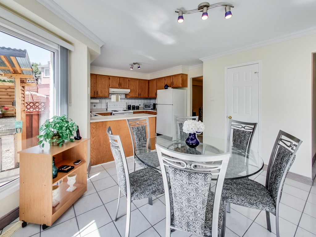 1558-Wintergrove-Gardens-Mississauga-Karly-Moore-For-Sale (21).jpg