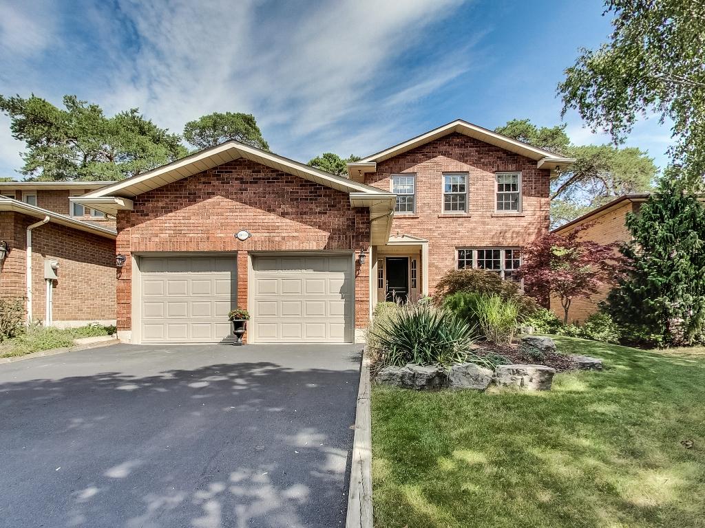 1079-Red-Pine-Cres-Lorne-Park-Mississauga-Real-Estate-Karly-Moore (1).jpg