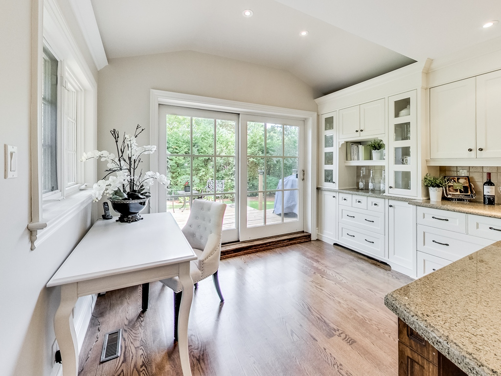 1079-Red-Pine-Cres-Lorne-Park-Mississauga-Real-Estate-Karly-Moore (21).jpg