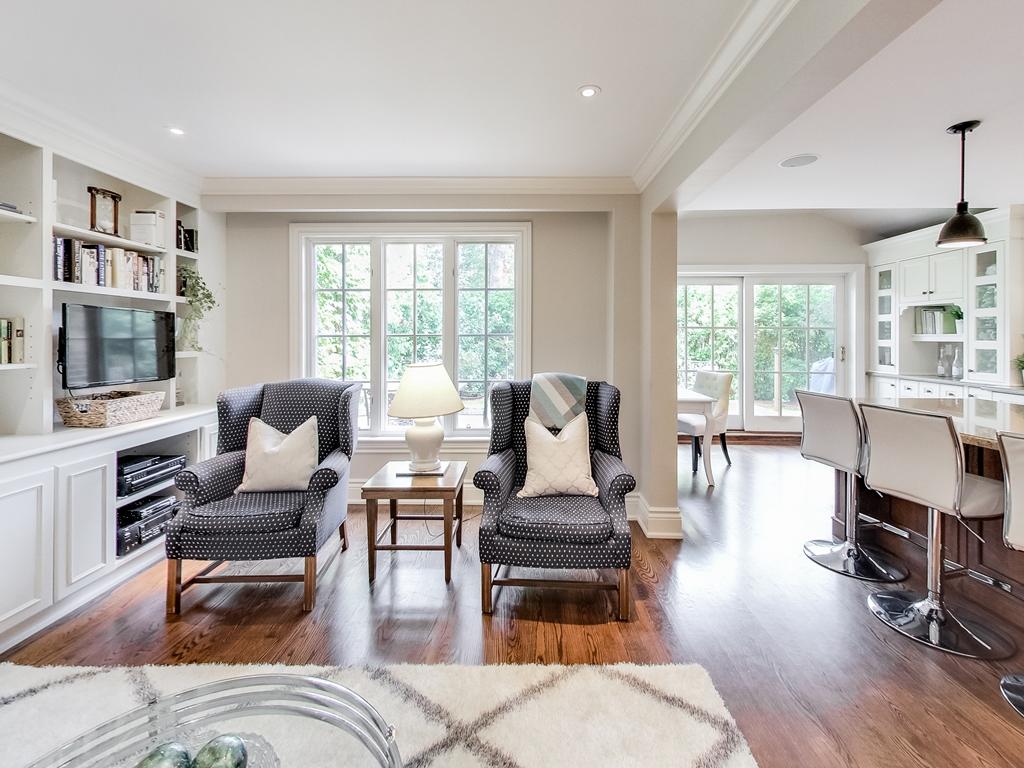 1079-Red-Pine-Cres-Lorne-Park-Mississauga-Real-Estate-Karly-Moore (25).jpg