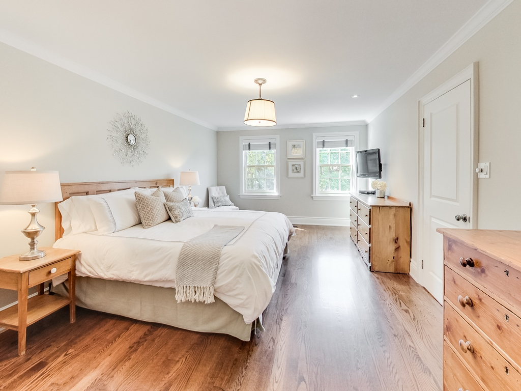 1079-Red-Pine-Cres-Lorne-Park-Mississauga-Real-Estate-Karly-Moore (30).jpg