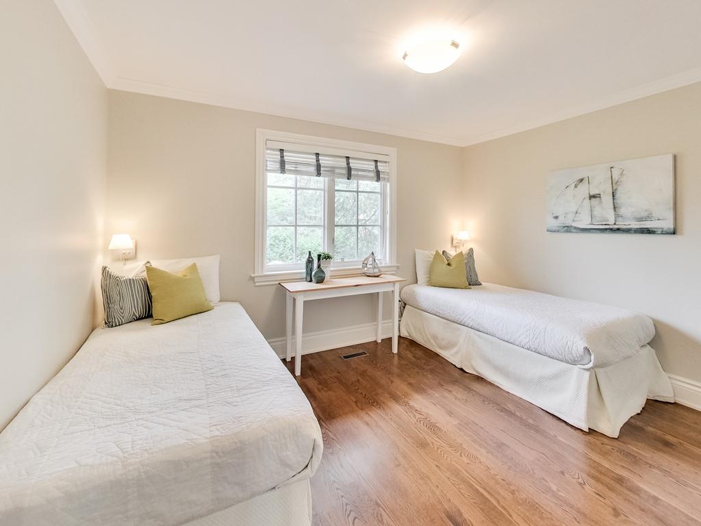 1079-Red-Pine-Cres-Lorne-Park-Mississauga-Real-Estate-Karly-Moore (40).jpg