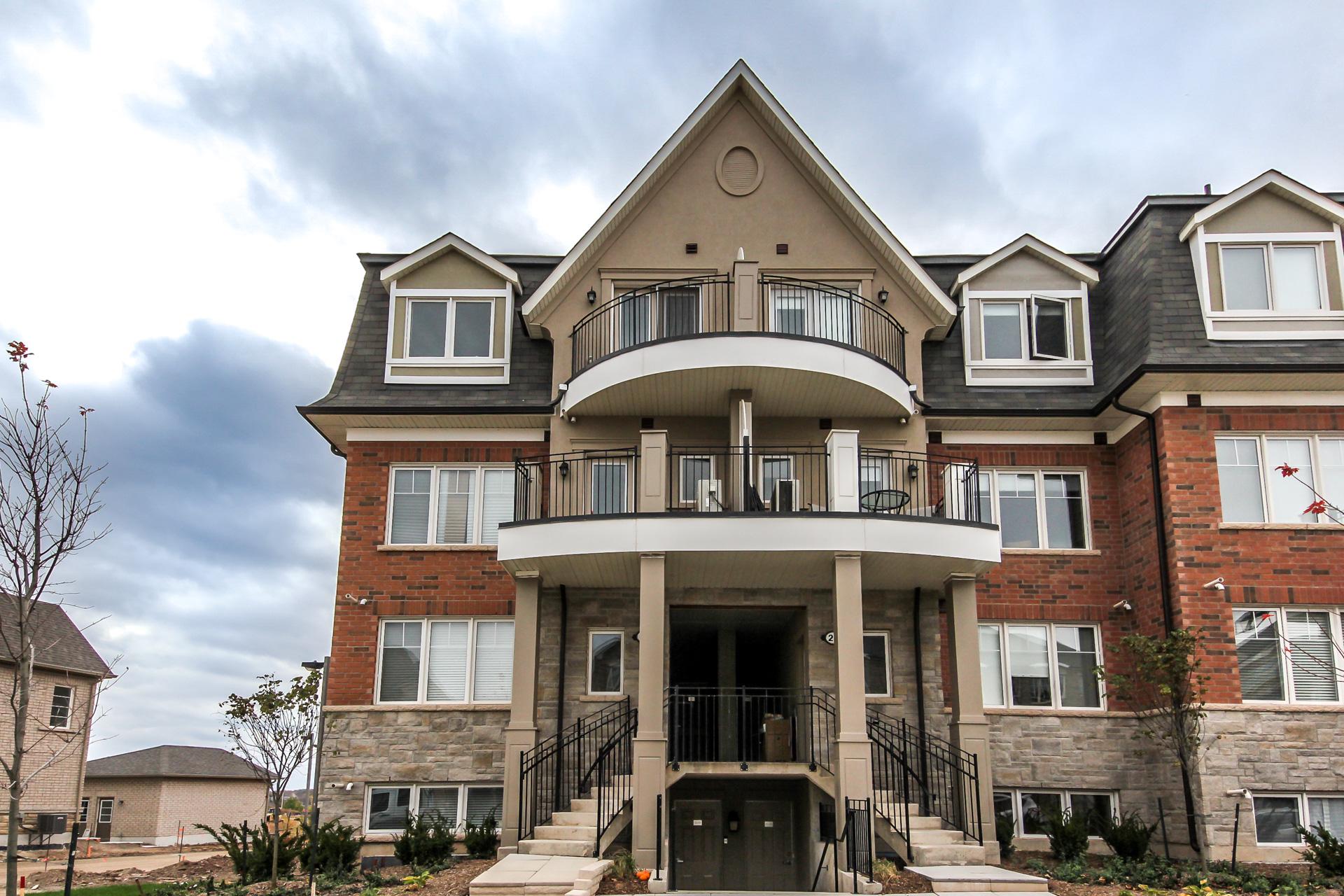 2420-Baronwood-Drive-2201-Oakville-For-Sale-Karly-Moore (1).jpg