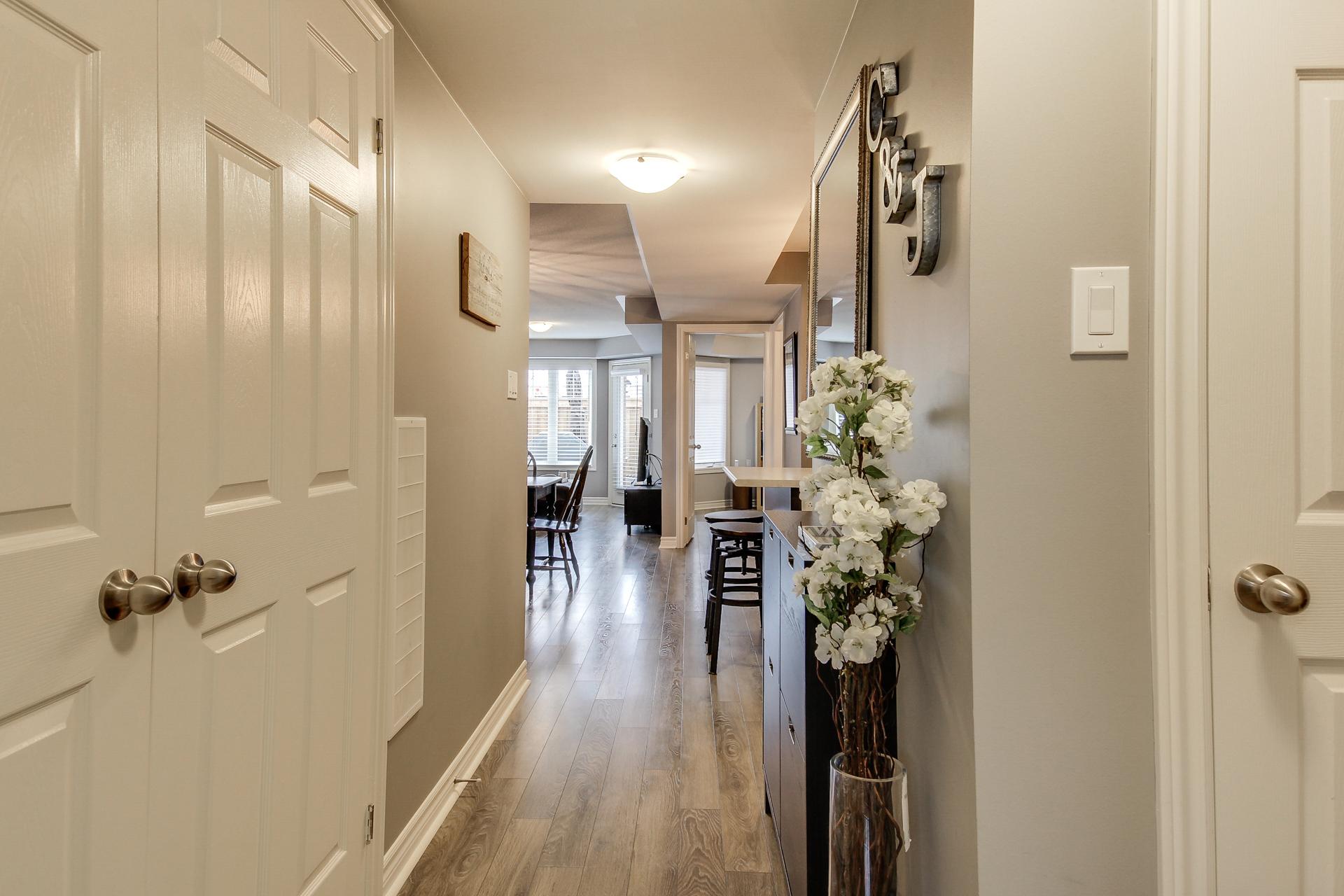 2420-Baronwood-Drive-2201-Oakville-For-Sale-Karly-Moore (4).jpg