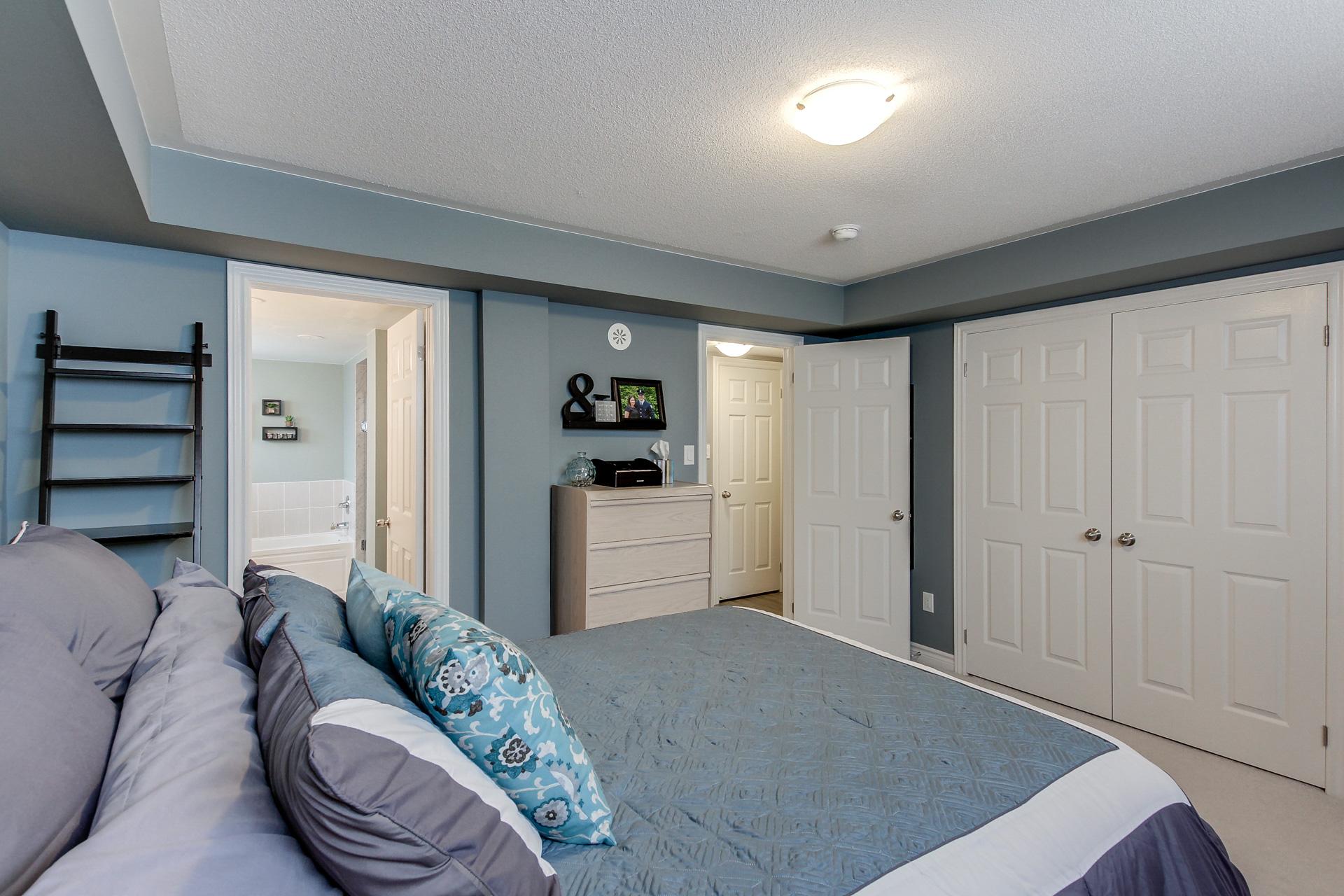 2420-Baronwood-Drive-2201-Oakville-For-Sale-Karly-Moore (18).jpg