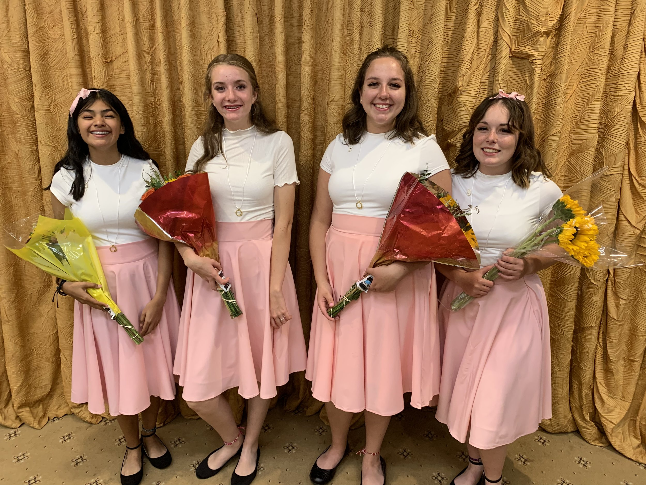 The Chordettes from Sultana High School won 3rd place in the Stars of the West contest in July 2019.