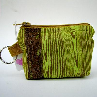 green+zipper+1.jpg