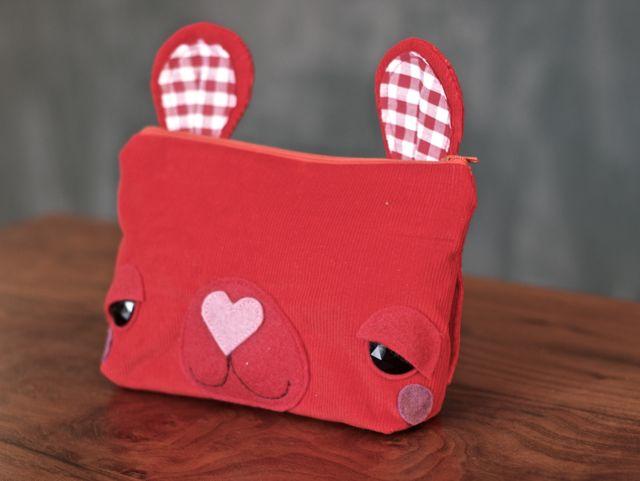 red fanny pack 2.jpg
