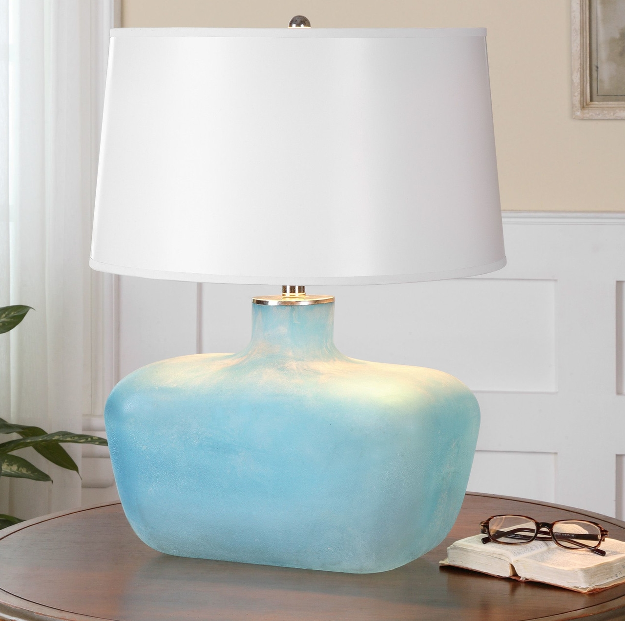 Taline+Table+Lamp+in+Ivory+Glass+with+Aluminum+Accents.jpg