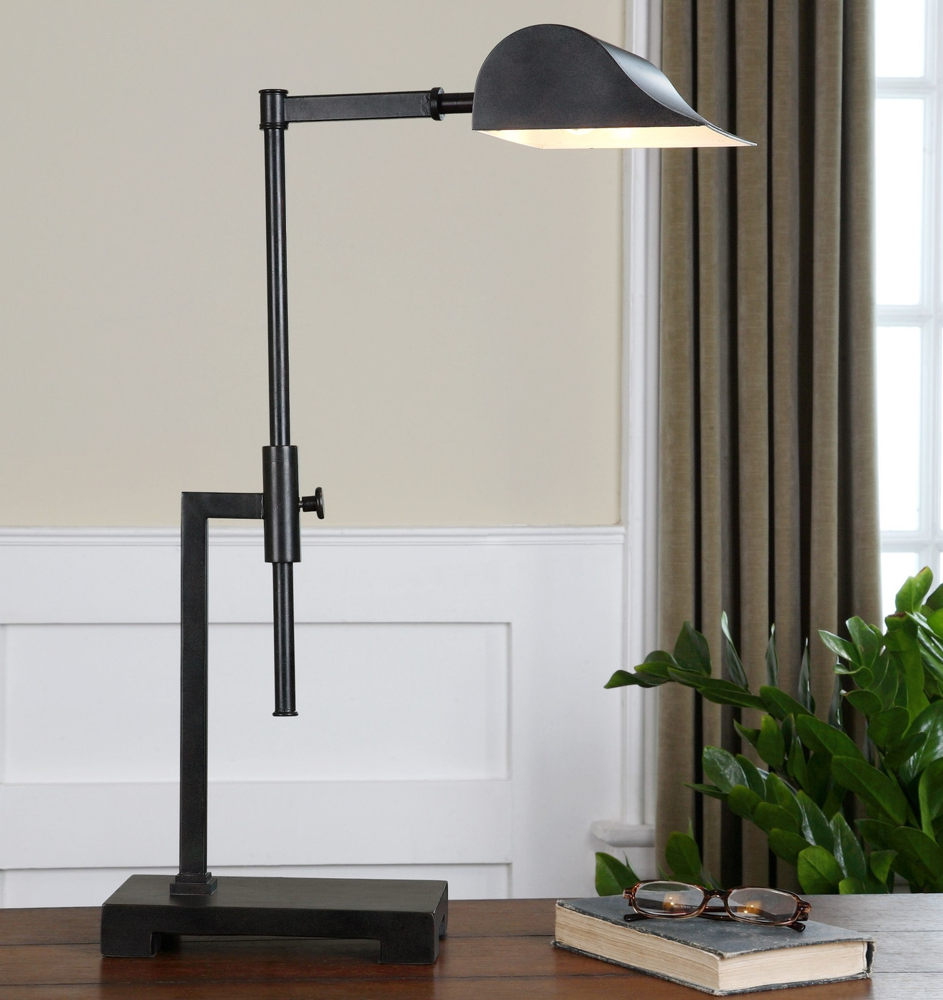 Uttermost-Fiorello-33-H-Table-Lamp-29579-1.jpg