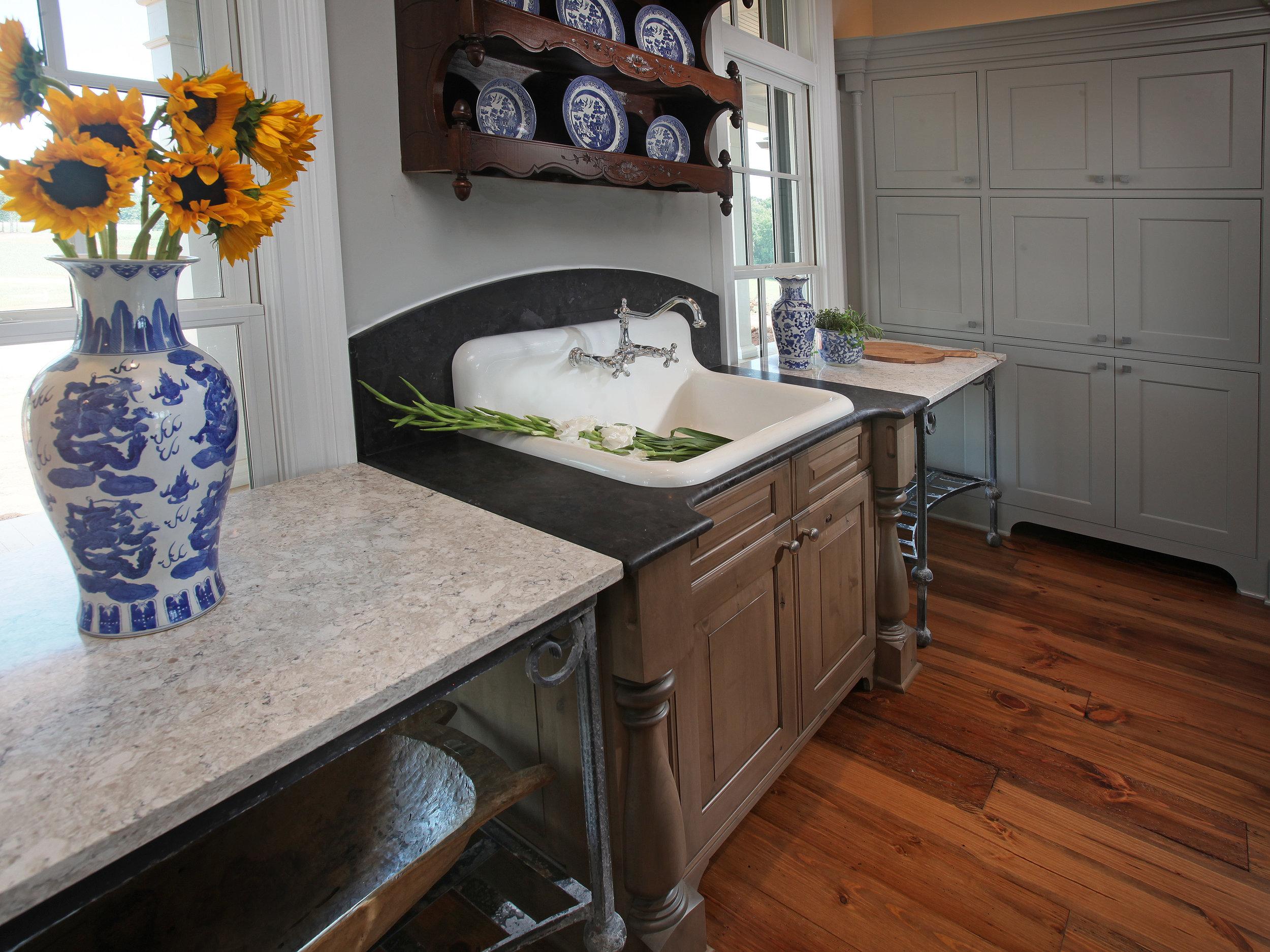 485_Kitchen6.jpg