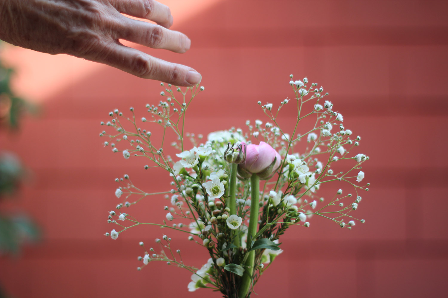 Let's fill this gap with another piece of baby's breath.