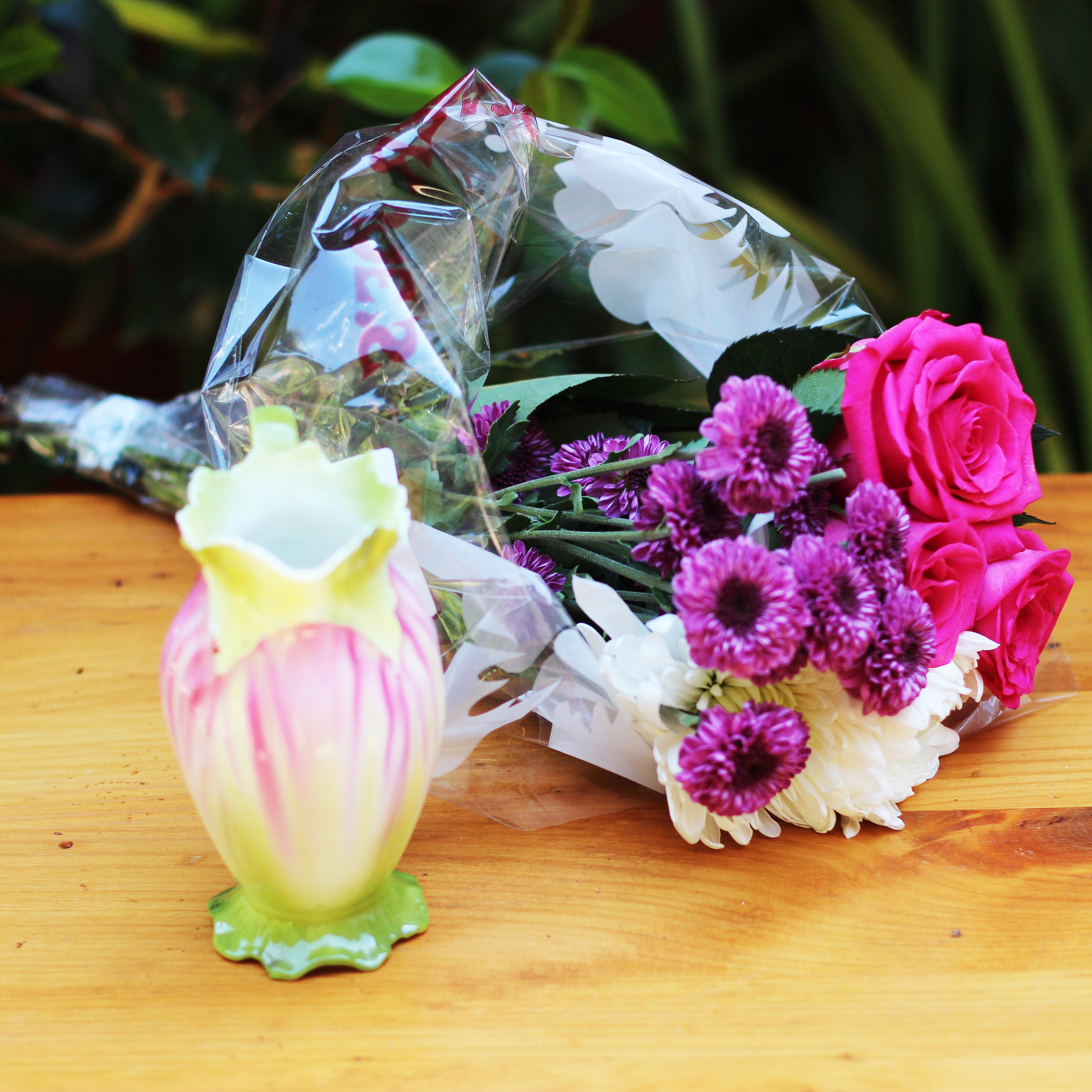 Choose a bouquet size to fit the opening of your vase.