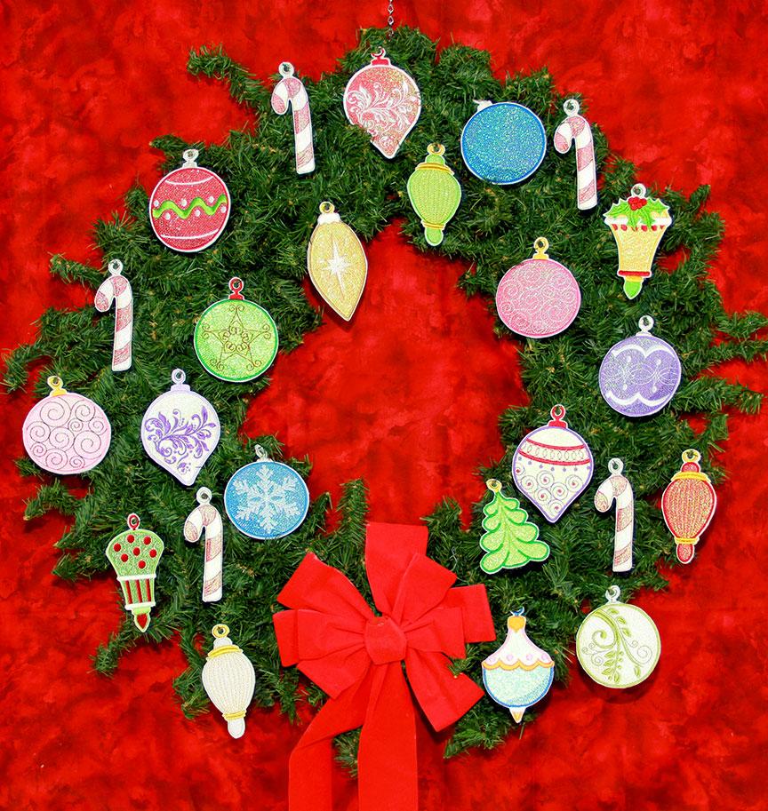 Ornaments-on-Wreath.jpg