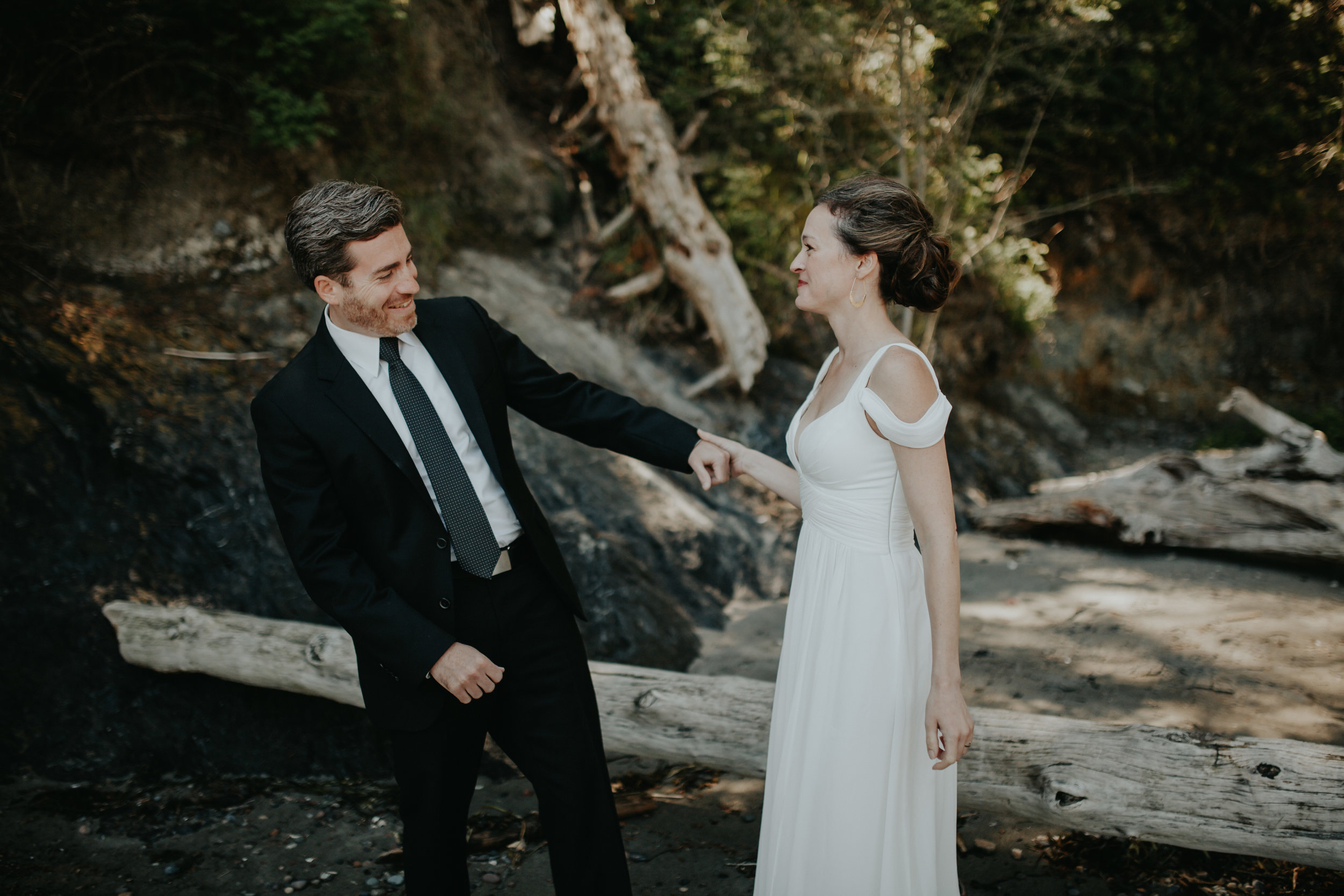 edmonds washington wedding | outdoor wedding | backyard wedding inspiration | seattle top wedding photographers