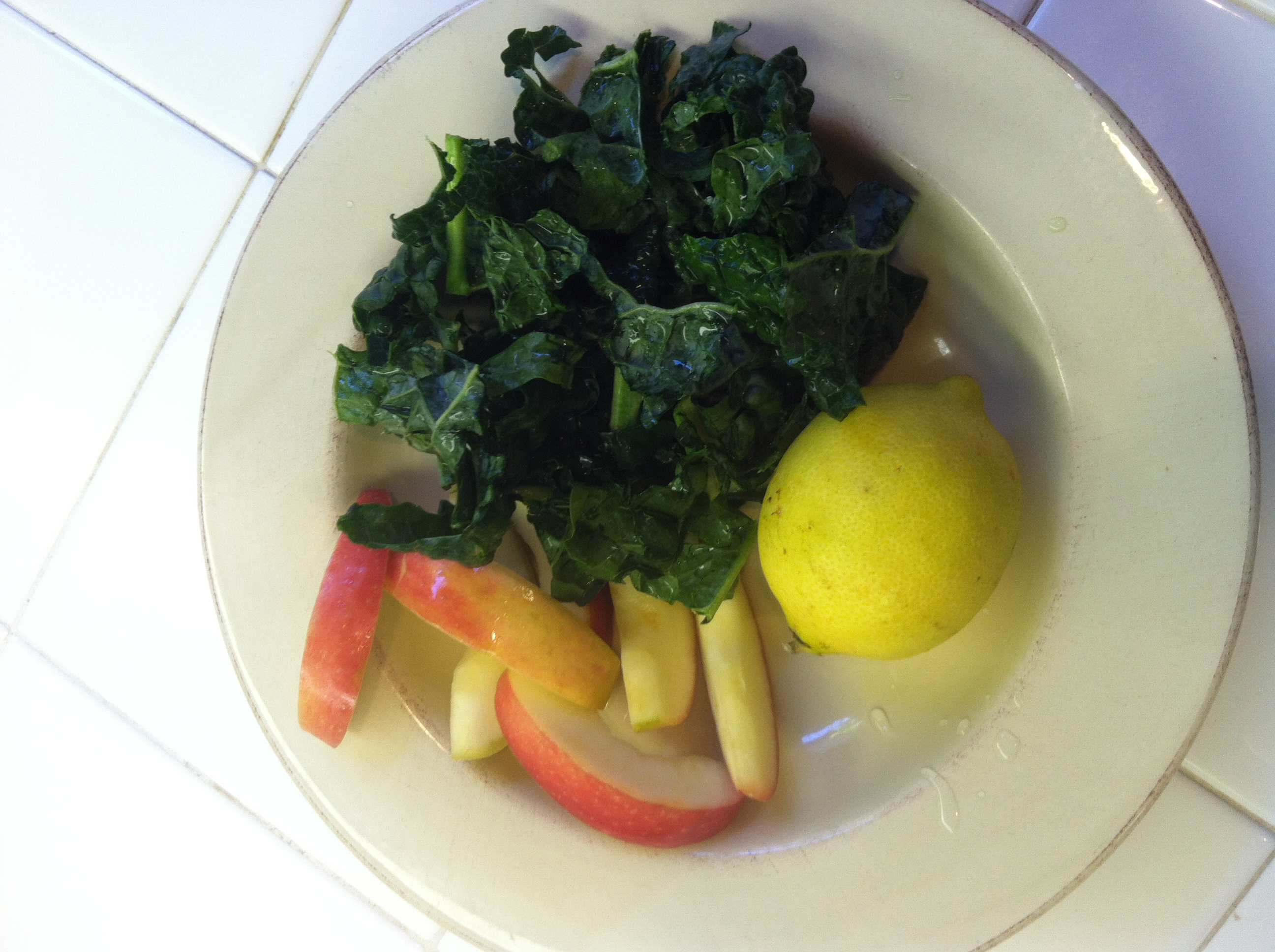 Ingredients for a basic green smoothie. You may add banana or dates for sweetness.