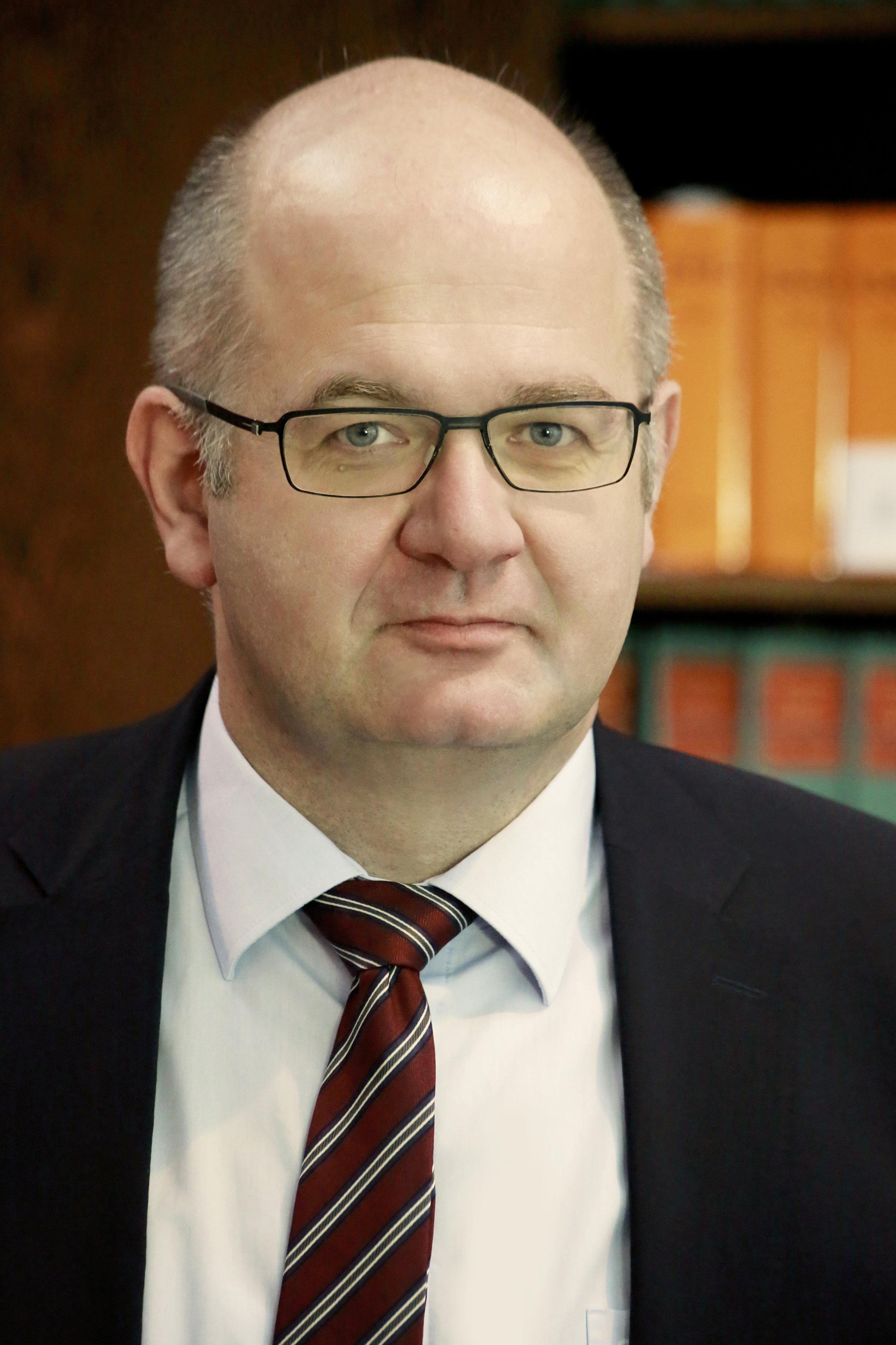 Dr. Jochen Heide