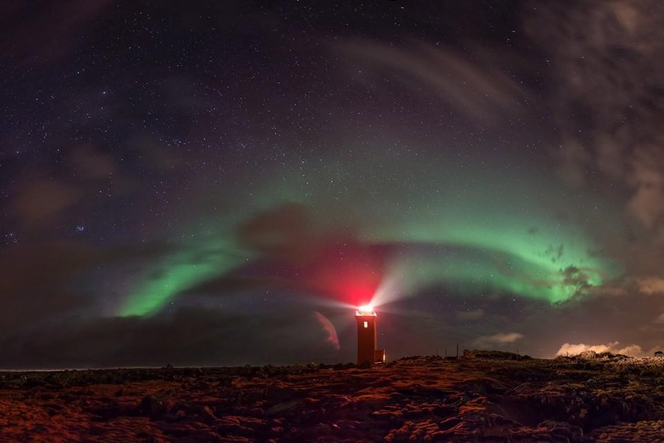 Creative Iceland Cold Fire Northern Lights 5.jpg