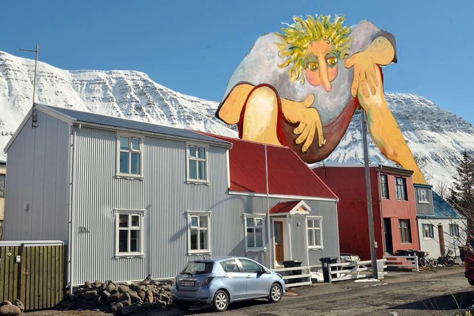 Creative Iceland Isafjordur city walk 4.jpg