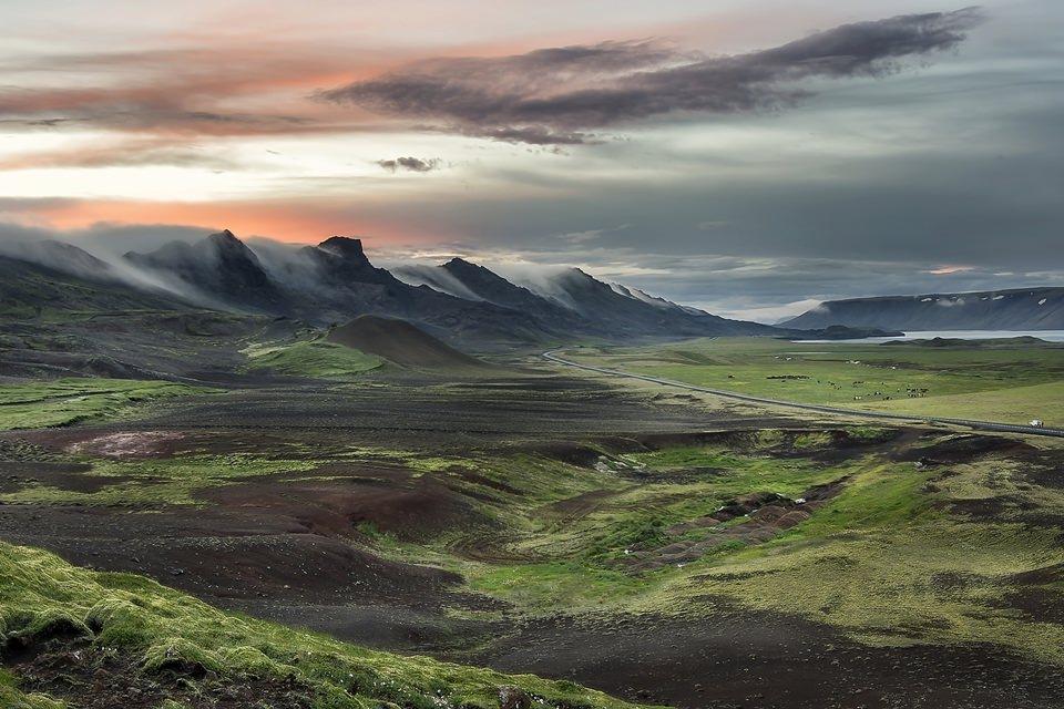creative iceland landscape photography reykjanes kleifarvatn.jpg