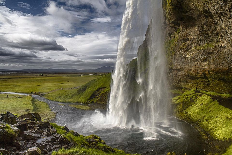 Creative Iceland South Coast Of Iceland and Hunt For Northern Lights tour 8
