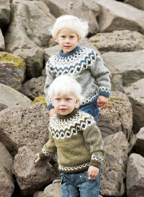 Creative Iceland Knit Your Icelandic Sweater In A Day 04.jpg